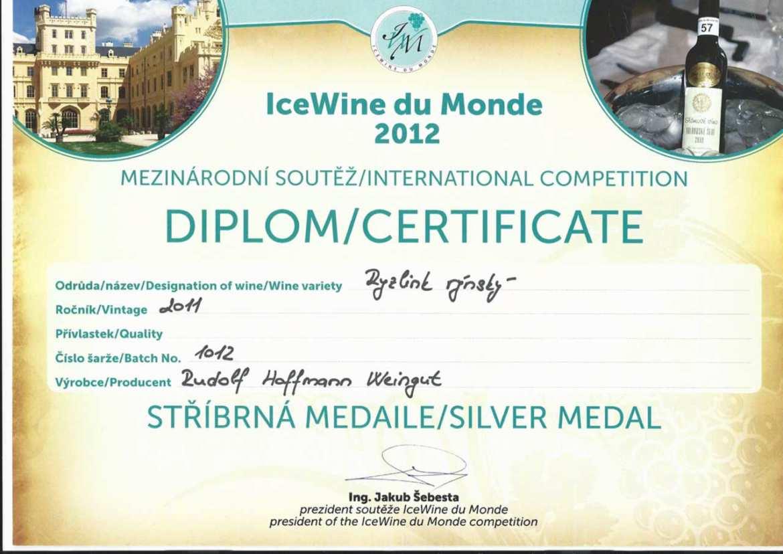 Urkunde-Icewine-du-Monde-in-Lednice.jpg